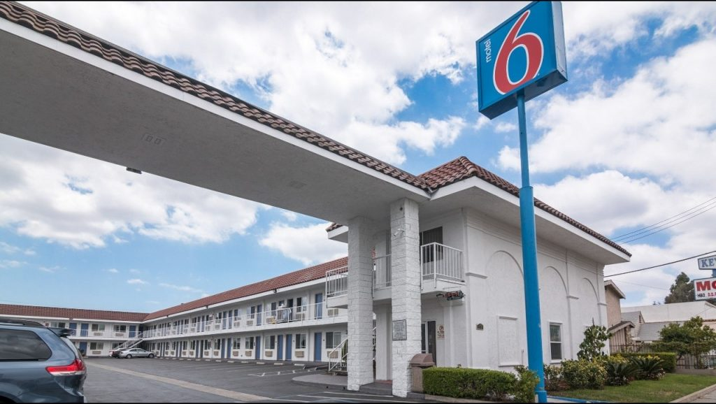 motel 6 norwalk housekey